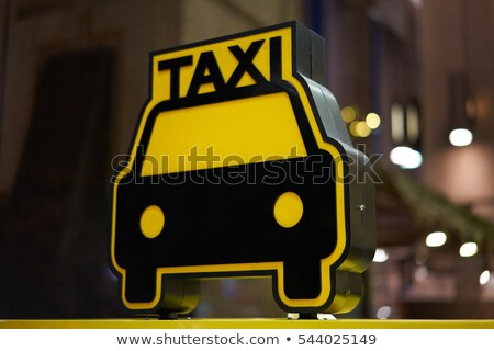 Foto stock: Táxi · suporte · assinar · noite · rua