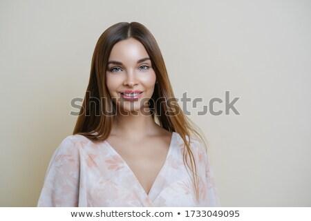 Portre iyi görünümlü karanlık avrupa kadın şık Stok fotoğraf © vkstudio