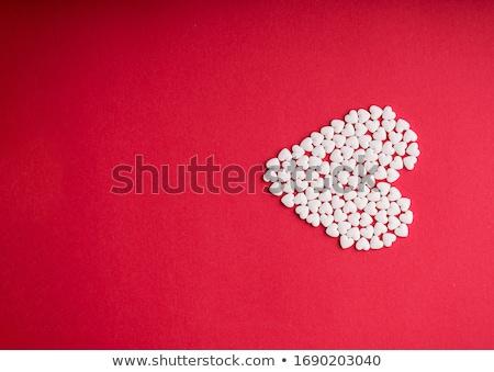 píldora · amor · rojo · corazones · luz · corazón - foto stock © bosphorus