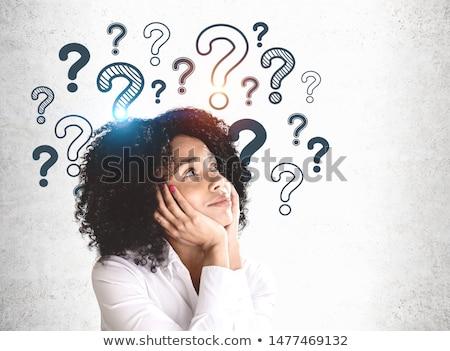 Curiosité curieux fille blanche boîte main Photo stock © dolgachov