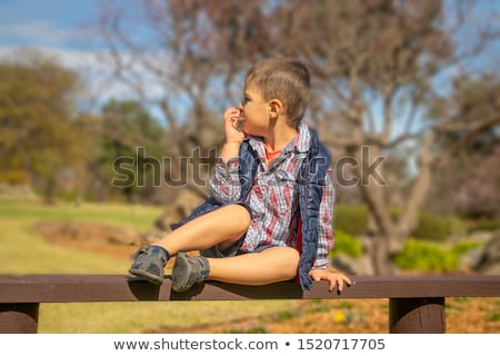 Сток-фото: мало · мальчика · синий · жилет · шорты · иллюстрация