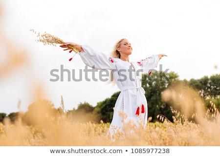 Retrato menina padrão cara posando bordado Foto stock © acidgrey