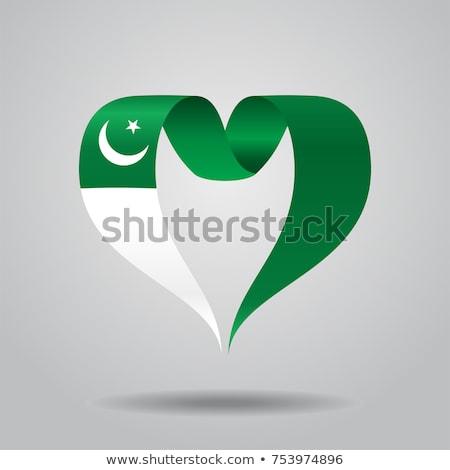 Pakistan bayrak kalp şekli örnek arka plan beyaz Stok fotoğraf © colematt