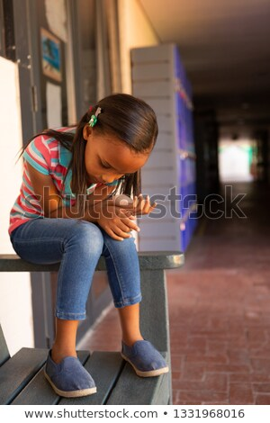 Görmek üzücü öğrenci oturma tek başına Stok fotoğraf © wavebreak_media