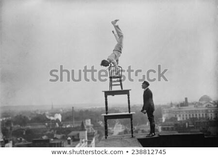 Balancing handelen portret cute jonge student Stockfoto © lithian
