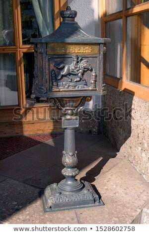 черный Vintage пост окна ржавые красный Сток-фото © dariazu