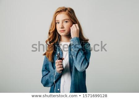 девушки глядя телефон женщину моде Сток-фото © jeancliclac