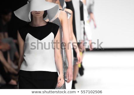 Landingsbaan model voorjaar mode natuur ontwerp Stockfoto © shawlinmohd