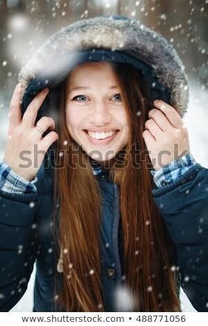 gelukkig · vrouw · genieten · sneeuwval · portret · cute - stockfoto © dariazu