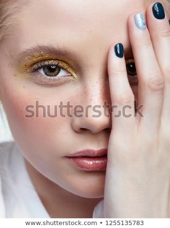 félénk · nő · néz · ujjak · közelkép · aggódó - stock fotó © traimak