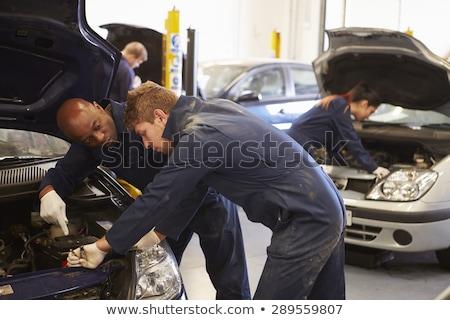 mécanicien · suspension · voiture · garage - photo stock © is2