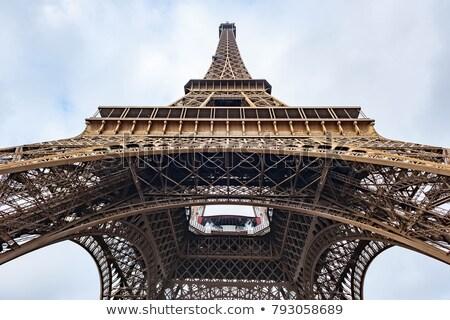 Eyfel Kulesi görmek Paris Stok fotoğraf © timwege