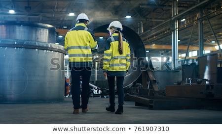 trabalhador · elétrica · construçao · fundo · metal · indústria - foto stock © tiero