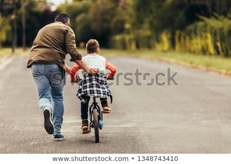 vader · zoon · vader · permanente · achter · handen - stockfoto © iofoto