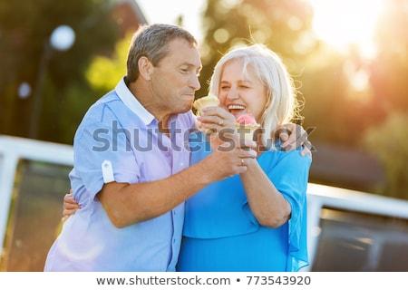 笑みを浮かべて · カップル · 食べ · アイスクリーム · 愛 · 女性 - ストックフォト © monkey_business