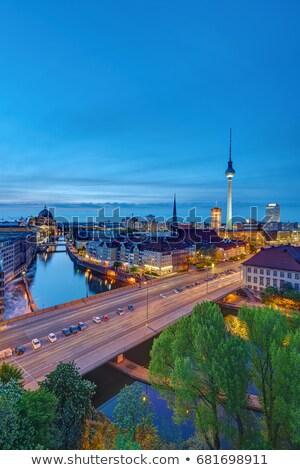 centro · Berlino · notte · torre · nubi · città - foto d'archivio © elxeneize