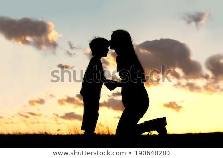mamá · nino · silueta · puesta · de · sol · mujer · amor - foto stock © paha_l