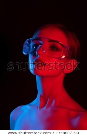 Portret energiczny młoda dziewczyna jasne makijaż fioletowy Zdjęcia stock © deandrobot