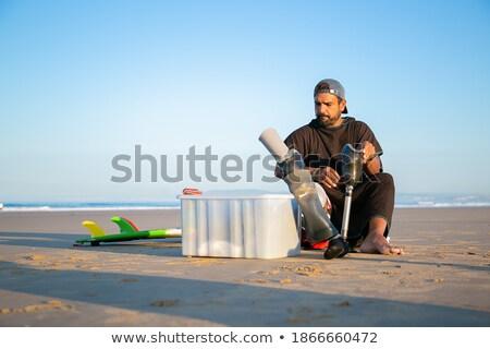 relajante · foto · futbolista · sesión · verde - foto stock © deandrobot