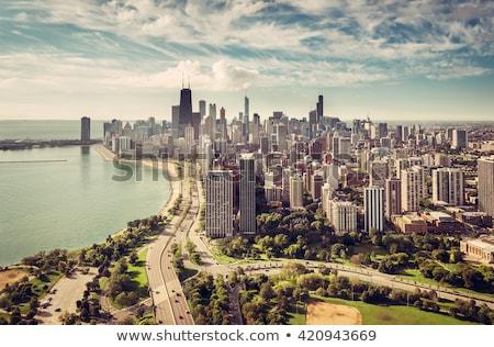 Chicago · nehir · şehir · merkezinde · ufuk · çizgisi · gökdelen · Cityscape - stok fotoğraf © vwalakte
