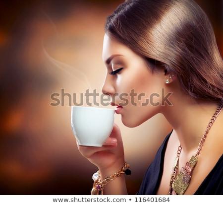 güzel · bir · kadın · içme · süt · portre · güzel · mutlu - stok fotoğraf © wavebreak_media