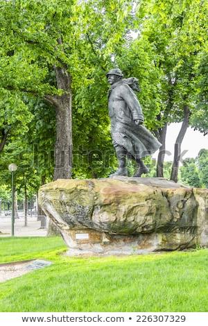 статуя Париж французский министр за пределами Франция Сток-фото © chrisdorney
