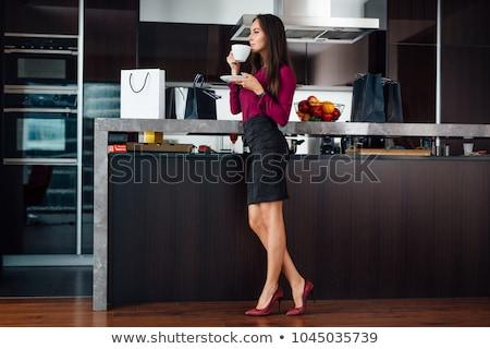 jonge · gelukkig · student · meisje · aantrekkelijk · meisje - stockfoto © fisher