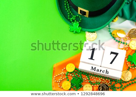 17 saint jour calendrier main Photo stock © ivelin
