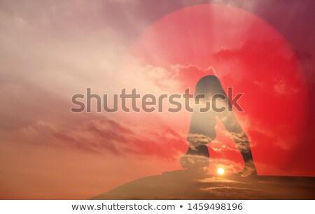 mulher · meditando · silhueta · oceano · praia - foto stock © photocreo