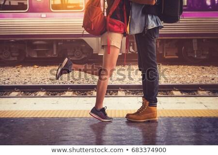 Foto d'archivio: Coppia · stazione · ferroviaria · donna · uomo · benvenuto