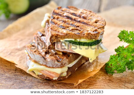 ev · yapımı · sandviç · jambon · peynir · marul · limon - stok fotoğraf © mpessaris