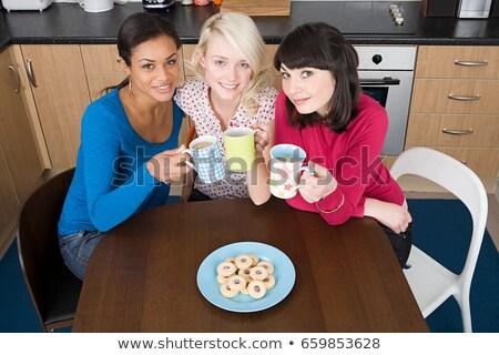 Foto d'archivio: Tre · femminile · casa · ragazza · home · stanza