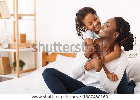 Moeder dochter tonen liefde genegenheid gevoel Stockfoto © roboriginal