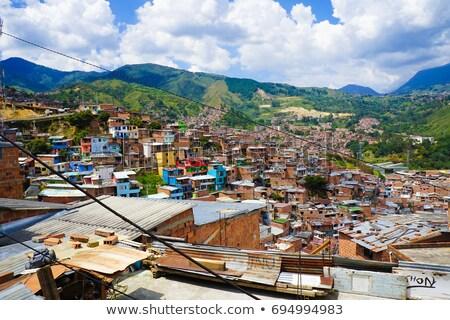 Achterbuurt heuvel huis gebouwen daklozen klasse Stockfoto © jkraft5