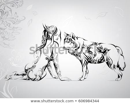 Nő pózol farkas gyönyörű nő kint lány Stock fotó © tobkatrina