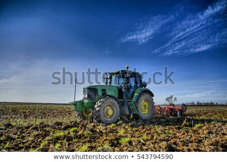 Agriculture tracteur Espagne la alimentaire paysage Photo stock © lunamarina