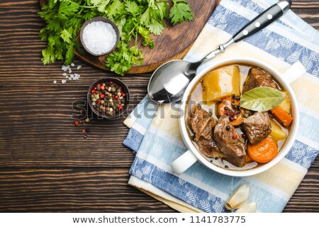 Sığır eti güveç et suyu sebze arka plan et patates Stok fotoğraf © M-studio