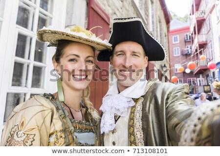 Hermosa Pareja largo medieval vestido fuera Foto stock © Lopolo