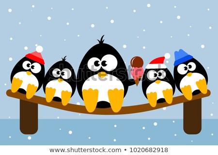 Pinguim alegremente alimentação casquinha de sorvete vetor animal Foto stock © robuart