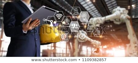 Foto stock: Empresário · jovem · tecnologia · fundo · assinar · azul
