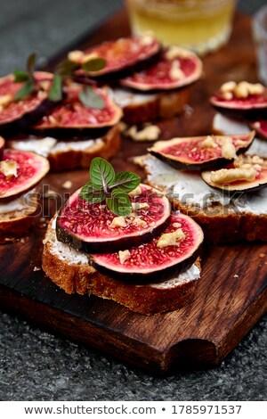 fromage · cottage · bruschetta · simple · sandwiches · alimentaire · pain - photo stock © illia