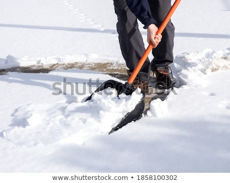 Man sneeuw pad home ijs Stockfoto © HighwayStarz