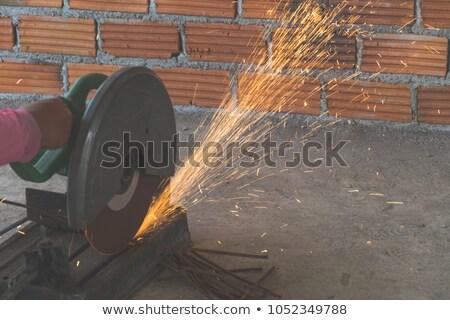 férfi · körkörös · fűrész · építkezés · fa · munka - stock fotó © photography33