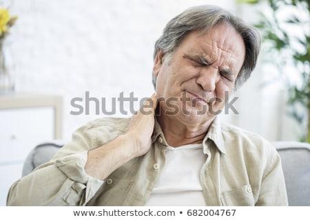 senior · man · nekpijn · geïsoleerd · witte · handen - stockfoto © kurhan