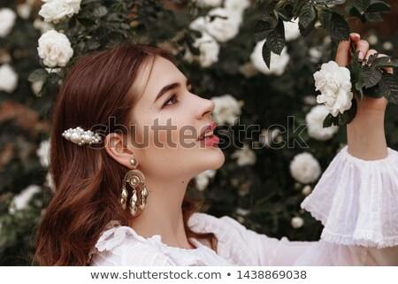 美しい · 小さな · 女性 · 着用 · 赤いバラ · ドレス - ストックフォト © konradbak