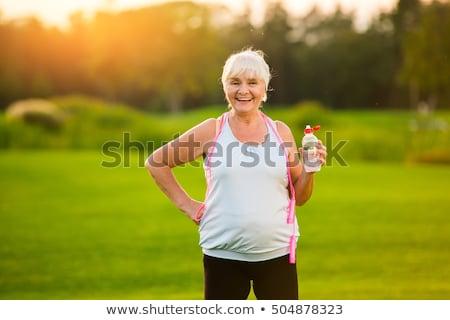 érett nő testmozgás ugrókötél fehér nő fitnessz Stock fotó © wavebreak_media