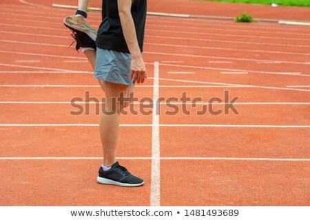 Kobieta wykonywania młoda kobieta Zdjęcia stock © wavebreak_media