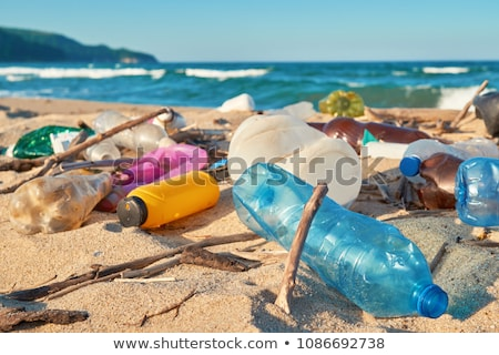 Plaży zanieczyszczenia plastikowe odpadów morza tle Zdjęcia stock © grafvision