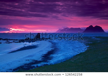 Rock plage minuit soleil plage de sable Photo stock © ildi
