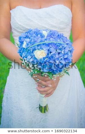 Gelinler buket güller çiçekler düğün Stok fotoğraf © KMWPhotography